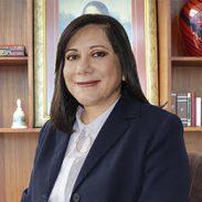 Dra.  María Renata Costales Brito